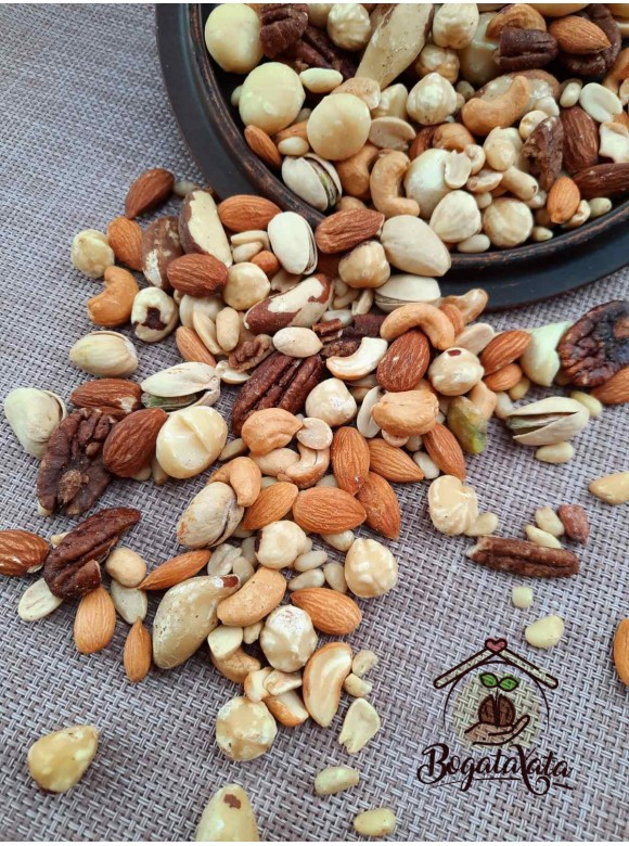 Смесь орехов  « Ореховый вкус» ( жареные орехи)