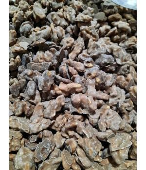 Грецкий орех в молочном шоколаде